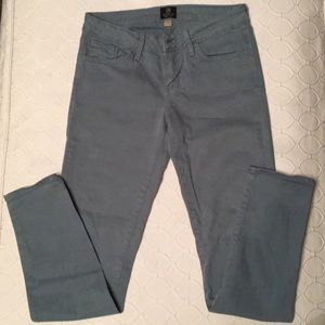 Just Black Women's skinny jeans/pants. Slate blue